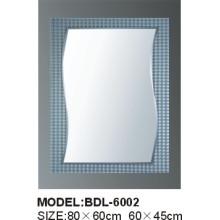Espejo de baño de vidrio de plata de 5 mm de espesor (BDL-6002)