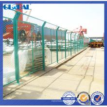 Сертификат ISO порошковым покрытием загородки для спортивной площадки/мастерская изолированной системы забор