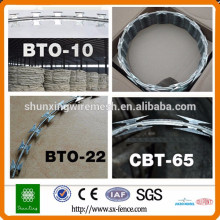 [10 years quality guarantee] Anping Factory cheap razor barbed wire Fence / china razor blade wire