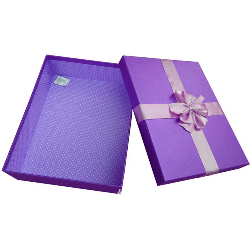 The Color Gift Box Packaging