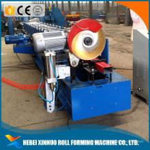 Tuyau de descente en aluminium formant la machine