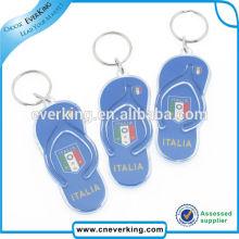 Porte-clés en plastique en forme de mini pantoufle