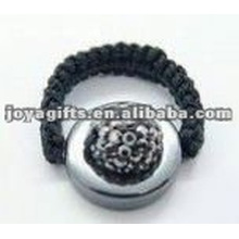 Anéis de bola de cristal shamballa