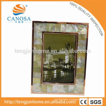 Eco Friendly Golden Mother-of-pearl Frame Photo with Golden Edge