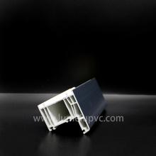 Zweifarbiges PVC-Profil von PVC-Fenstern