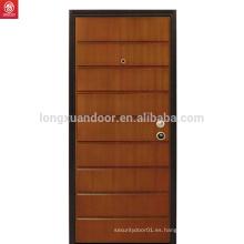 Interior Estilo tradicional Custom Walnut Wood Door Design