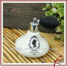 Леди керамическая бутылка для духов