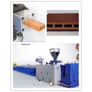 Profil en bois-plastique de PVC pp PE faisant la machine