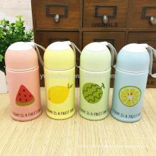 Botella de agua portátil creativa de cerámica de la fruta del color del caramelo