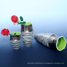 Descuento personalizado de porcelana artesanal regalo barato cerámica florero (B131)