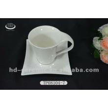 Tasses à thé et soucoupes en porcelaine en gros