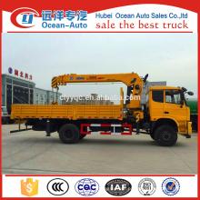 Condição nova Caminhão 4x4 chinês com guindaste
