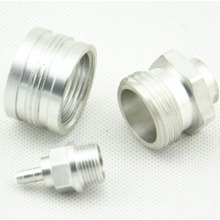 Изготовленные на заказ OEM подвергая механической обработке части CNC алюминия поворачивая часть