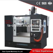 Centre d'usinage de fraisage automatique cnc 4 axes 4 axes VM550L