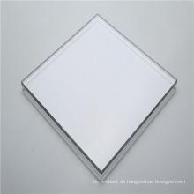 Transparente Kunststoffplatte aus massivem Polycarbonat
