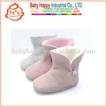 La felpa barata del invierno de la nueva llegada calza los cargadores llevados bebé lindo
