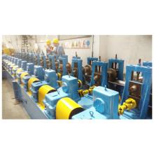 Línea de producción de formación de rollos de tablero de carro de camión