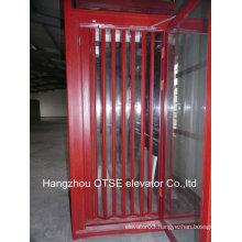 Elevator cabin foor folding door