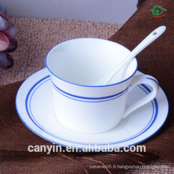 Robe de café en céramique de haute qualité pour cuisinières et soucoupes en céramique en Europe