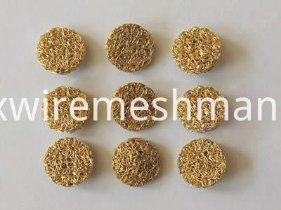 compressed-knitted-mesh-brass