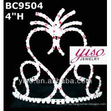 Corona y tiara de diseño simple