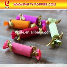 Confetti de bonbons avec des confettis de papier coloré