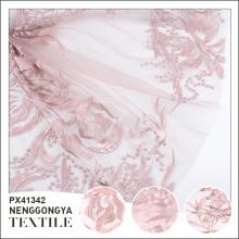Logo personnalisé Tissu de mariée brodé à la mode de haute qualité en polyester
