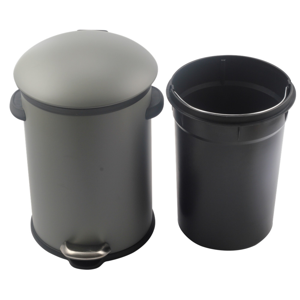 Round Step Bathroom Trash Can With Removable Plastic Inner Wastebasket