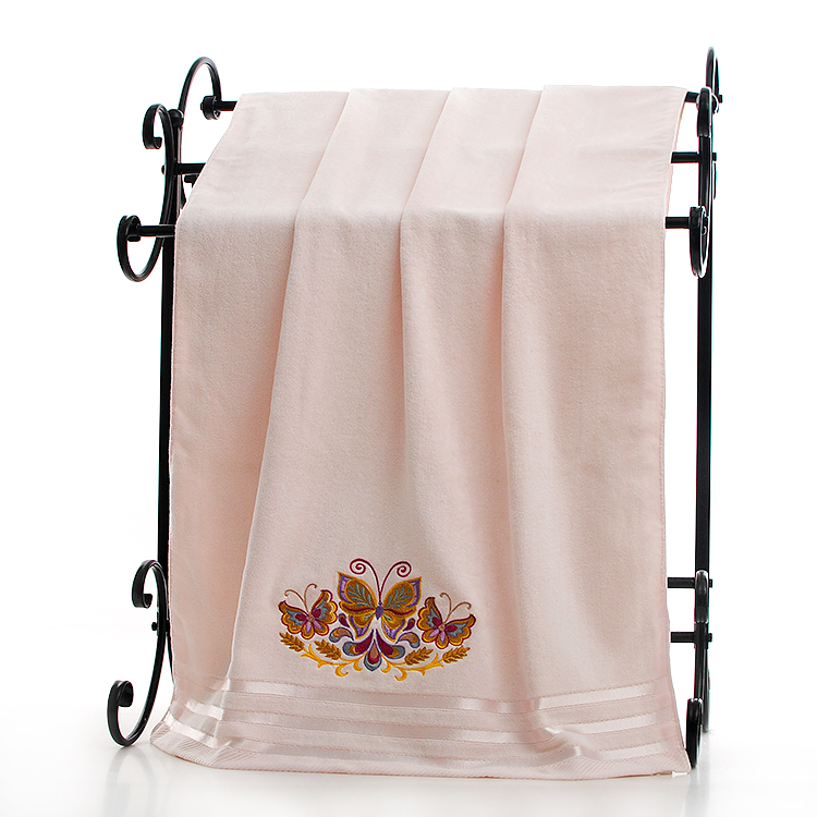 the bath towel with embroidery