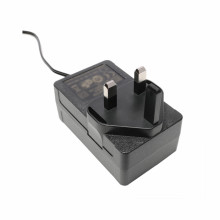 CE Bersertifikat 18VDC 2000mA UK Power Adapter 36W