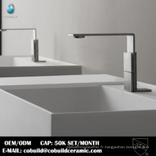 Nouveau modèle salle de bains pont monté CUPC en acier inoxydable robinet de bassin d'eau