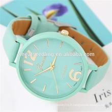 Yiwu exprime l'habillement quotidien simple et le plus vendu montres de quartz classiques ladies women