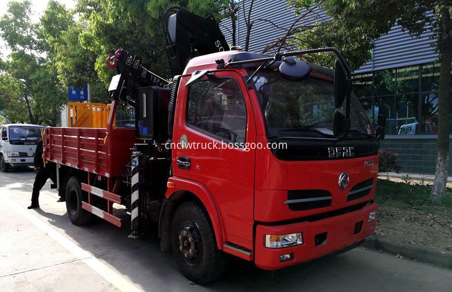 articulated crane truck 2