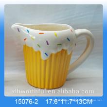 Taza de la leche de cerámica de la decoración casera con la estatuilla del helado