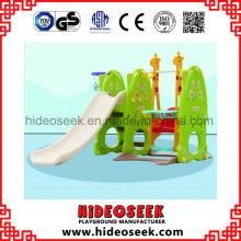 Kindertagesstätte Indoor Kunststoff Rutsche für Kleinkind mit Korb Hoop