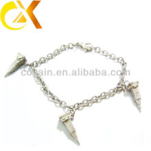 stainless steel jewelry bracelet with casting pendant