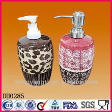 Bouteilles de lait vitrées en vrac de bain de logo adapté aux besoins du client, bouteille en céramique de parfum
