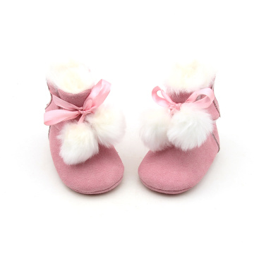 Rosa niedliche Winter-warme Booties