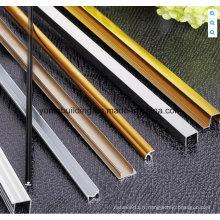 Matériau de construction pour garniture de tuile en aluminium