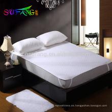 Hotel Lino / Venta caliente cubierta de colchón de felpa impermeable