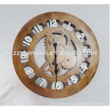 Grande horloge murale en métal à vendre