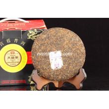 "2010 Menghai Dayi ""Gong Ting"" Madura Pu Er (001) Pu-erh té, 200 g / pastel"
