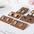 fábrica de tamanhos diferentes Expositor de joias de madeira no atacado