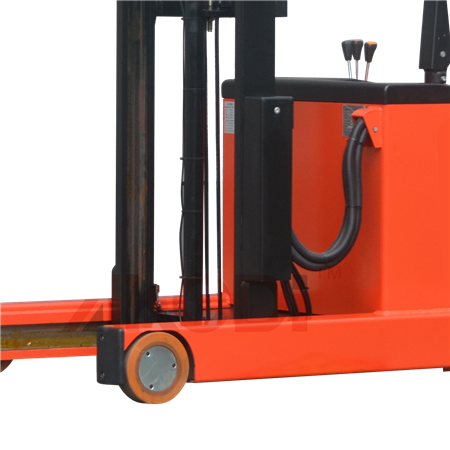 Powered Reach Pallet Stacker