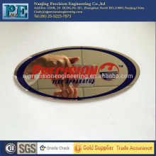 China hochwertige Edelstahl-Laserschneiden Malerei nameplat, Stanzen Abzeichen, OEM elektrochemische Bearbeitung