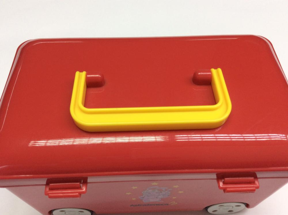 Plastic bus-shape box