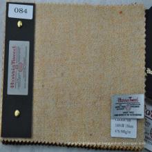 bege feito para medir o tecido de tweed para fazer o overcoating das mulheres