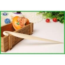 Полезный пластиковый нож для выпуска торта