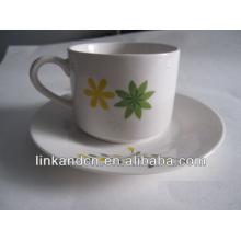 Haonai elegance ceramic cup and saucer with custom design