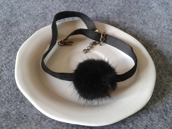 Fur Ball Choker